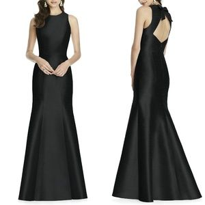 ALFRED SUNG Black Dupioni BOW BACK Trumpet Gown 0